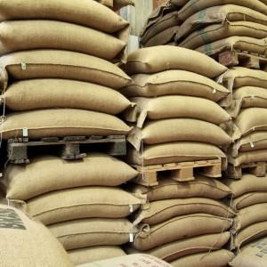 穀物倉庫会社